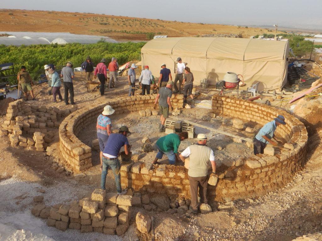 """Jordan Valley Solidarity: """"A community centre for Bardala"""""""