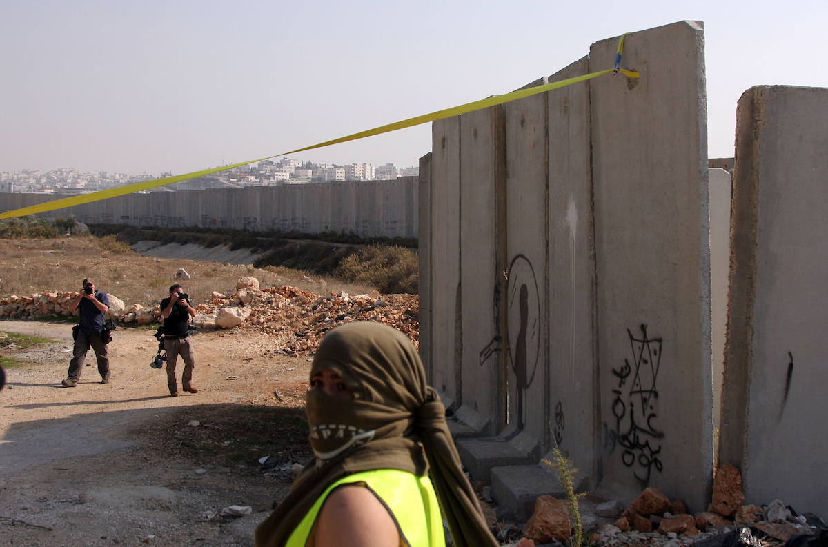 The difficult passage from a two-state solution to decolonization in Palestine/Israel